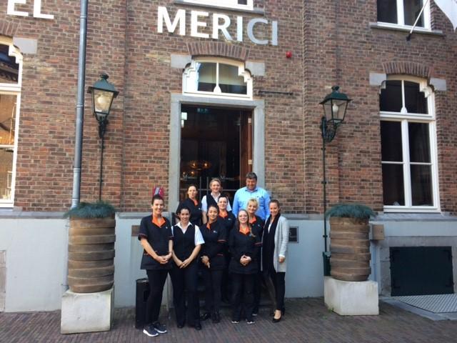 Schoonmaak team EW Facility Services Hotel Merici